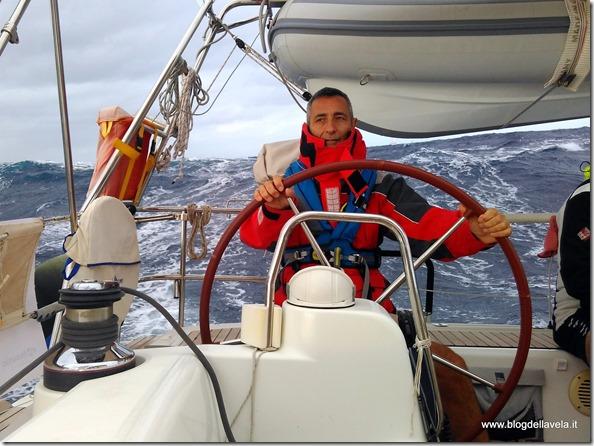 Navigazione impegnativa in Atlantico